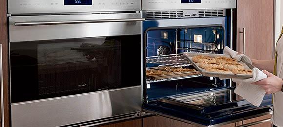 Best Ovens baking