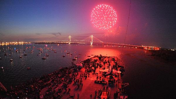 fireworks charleston 2021